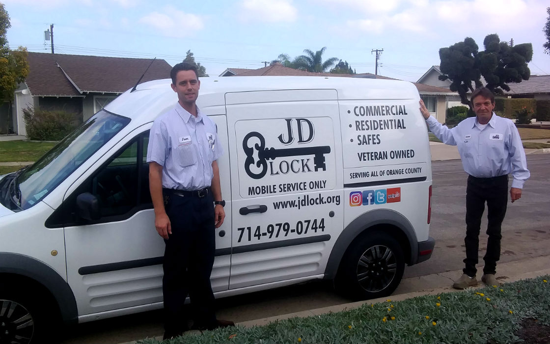 03-jd_lock and key shop locksmith_orange_ca_92867